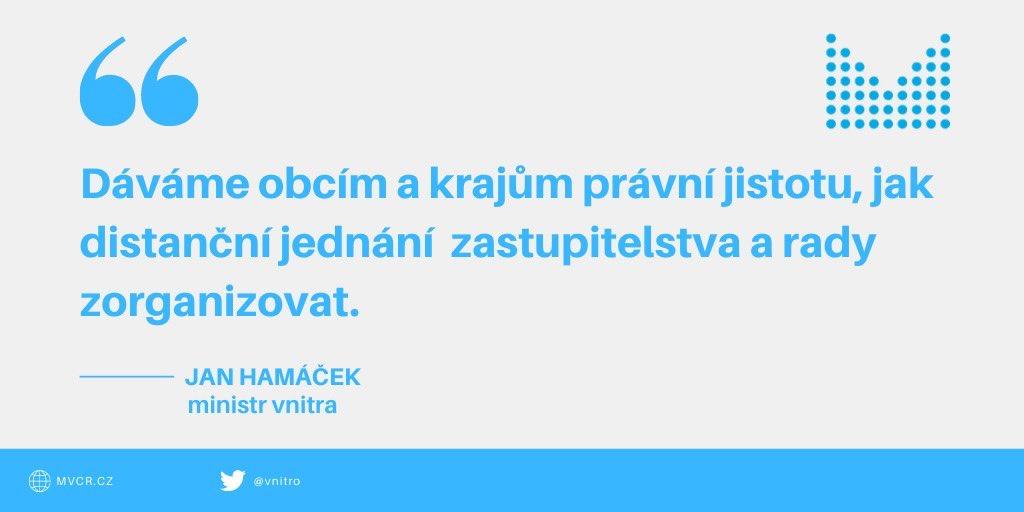 Posilujeme právní jistotu obcí a krajů. @strakovka schválila návrh @jhamacek, aby možnost distanční účasti zastupitelů a členů rady na jednaních výslovně upravoval zákon❗ Jednoznačný právní rámec zatím v legislativě chyběl.   Více zde ➡️ https://t.co/NH0fOzIpEO https://t.co/23JqNE50nU