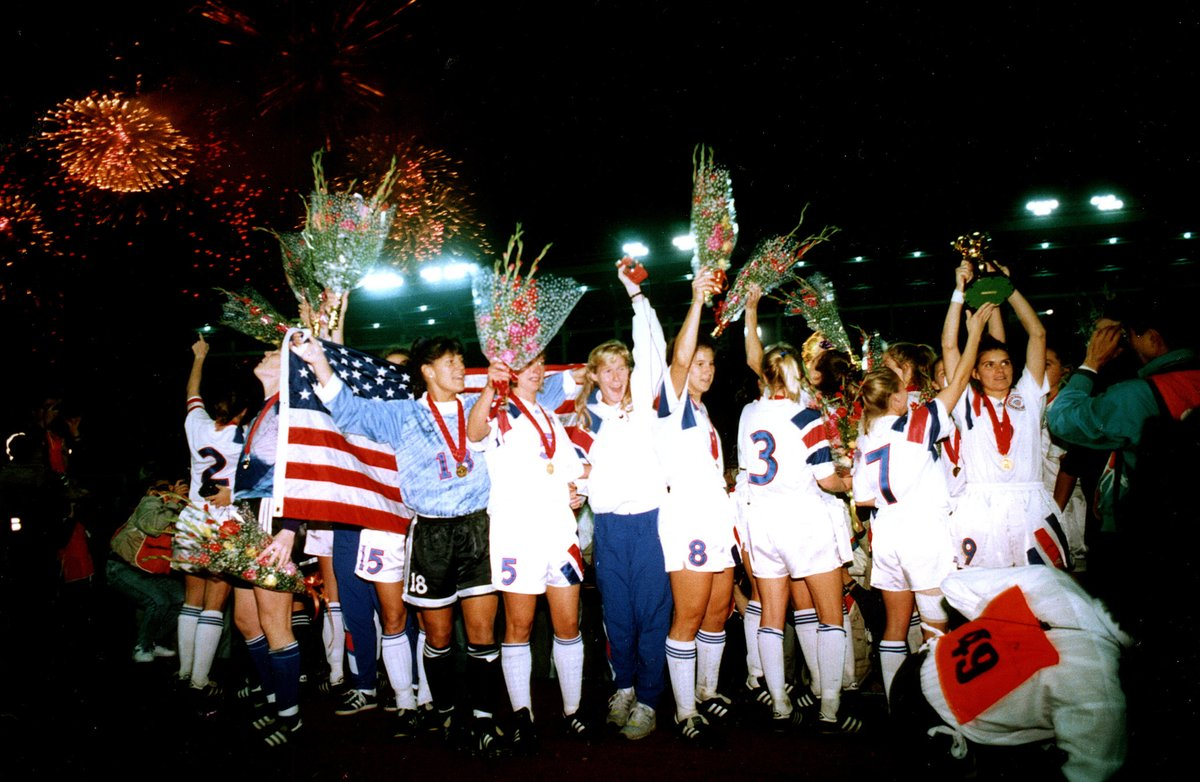 November 30, 1991: Our very first ⭐️ 🗓 #OTD 1991: Michelle Akers scored twice as the #USWNT defeated Norway 2-1 to win the first-ever @FIFAWWC 🏆