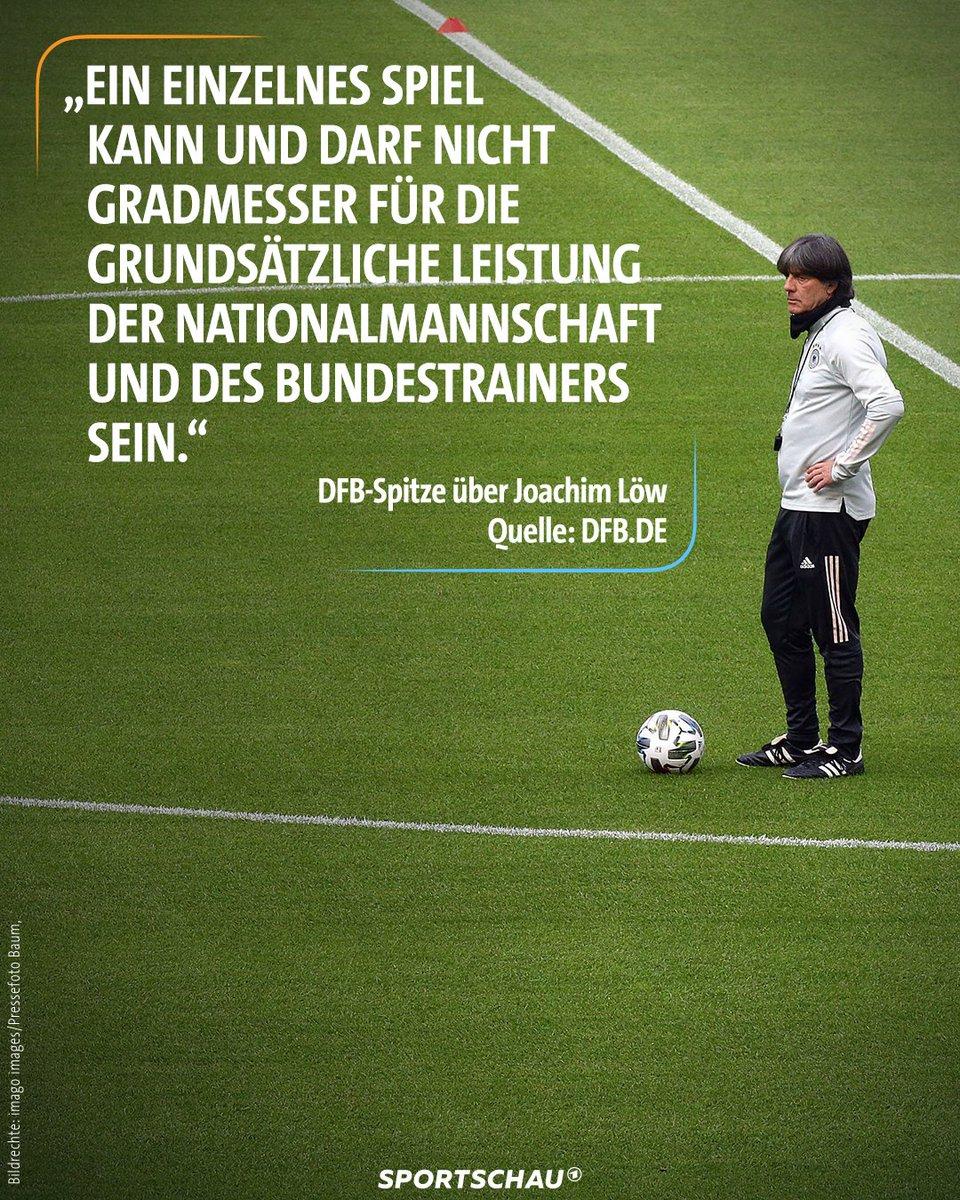"""So begründet der DFB, dass Joachim Löw Bundestrainer bleibt. Und weiter heißt es: """"Es besteht die feste Überzeugung, dass Joachim Löw und sein Trainerteam trotz einer für alle herausfordernden Situation erfolgreiche Spiele und Ergebnisse liefern werden.""""   #dfb #löw #espger #ger"""