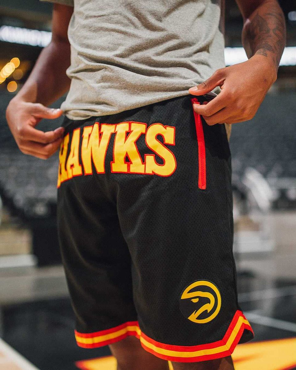 𝗖𝗬𝗕𝗘𝗥 𝗠𝗢𝗡𝗗𝗔𝗬: Get a pair of Hawks shorts FREE with any purchase over $150, while supplies last.  Shop now: https://t.co/gPzv5myXPo https://t.co/Ko1FSoIFju