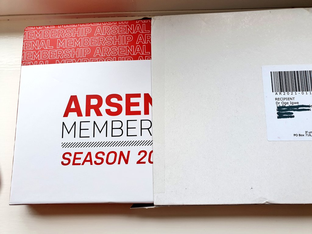 Look what just came in the post: My 2020/2021 membership pack😍😍  Brilliant items in this season's pack. I love the mask and playing cards.  @olawalesmd, do you want the crest, or I should do a random giveaway?  #COYG