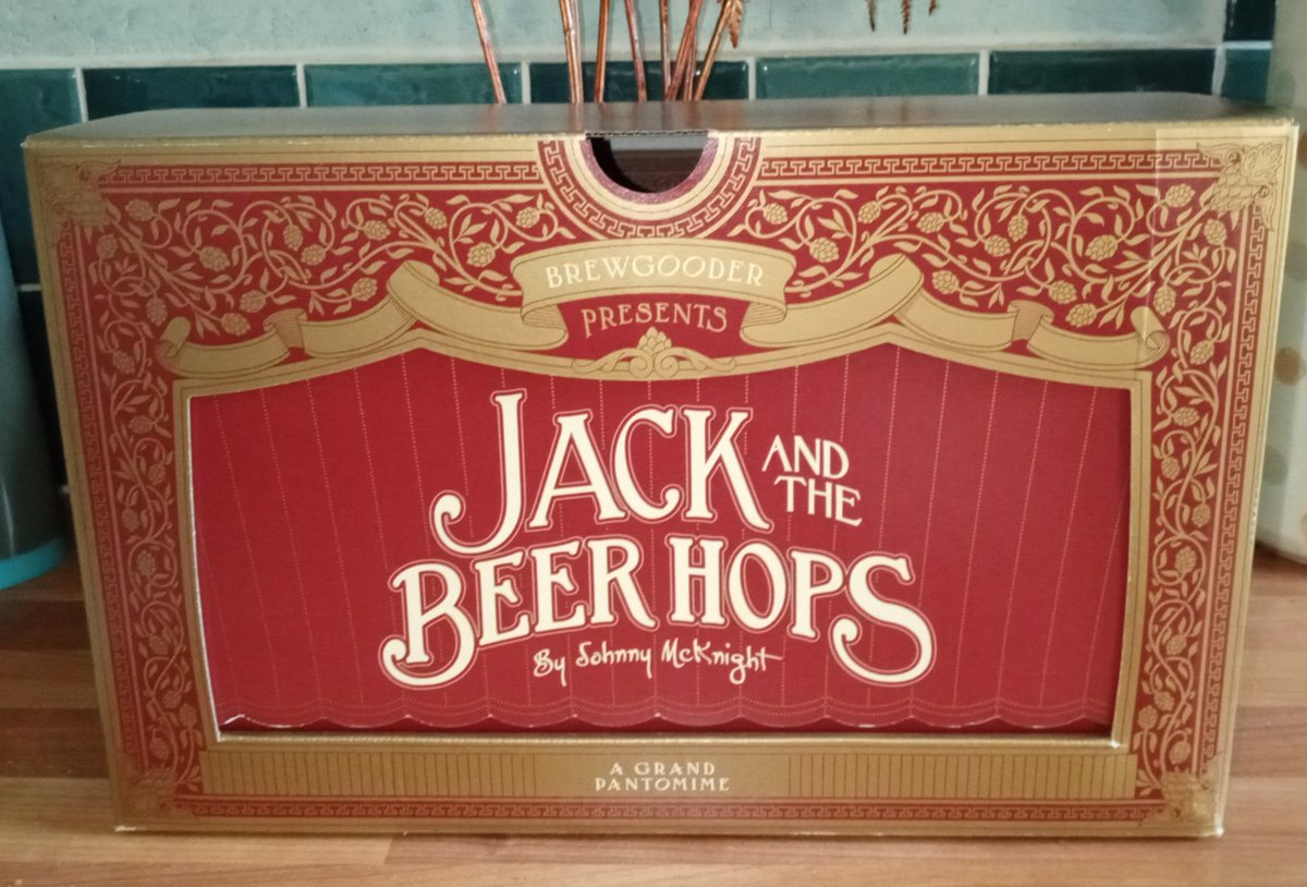 Yay. My Panto Box has arrived.  This is such a great idea from @BrewGoodr which is raising funds for the #TheatreArtistsFund 🎭🎟️🎫  So, I get to enjoy some great beers (and snacks) whilst supporting a sector of the arts that I love and miss ! 🎭🎟️🎫 https://t.co/bhAi9GrRYD https://t.co/8pZ8VFonL7