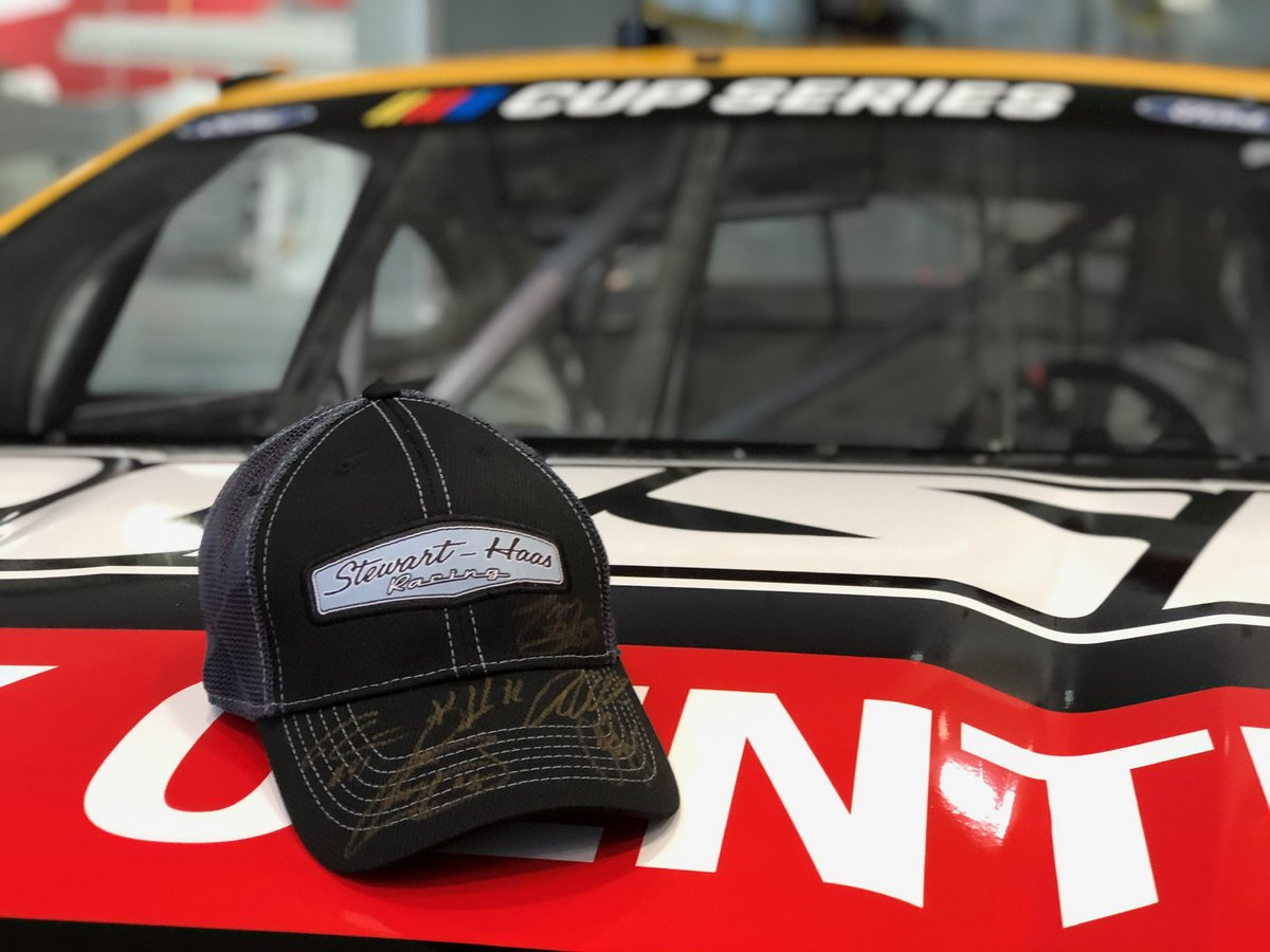 🚨GIVEAWAY!🚨 Looking for the perfect #Christmas present for your favorite #NASCAR fan? 🎄 We'll lucky for you, we're giving away a couple of autographed #SHRacing hats! To enter, tap the ❤️ then retweet. Winners chosen on 12/5 at 12 p.m. ET. U.S. residents only. Good luck!