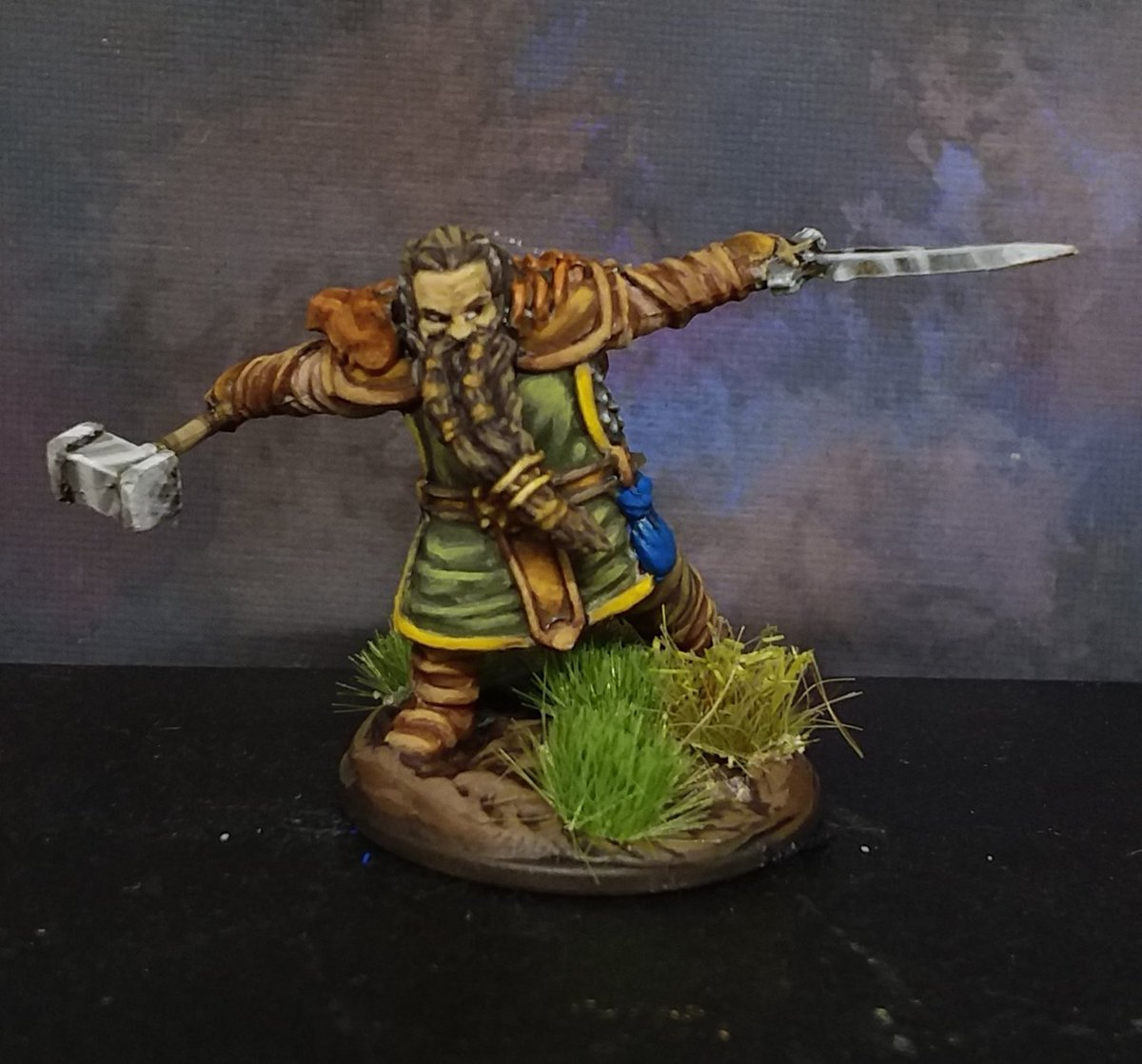 WhizKids Nolzur's D&D Miniatures Dwarven fighter painted for my personal collection. #PaintingMiniatures #DungeonsandDragons #dnd #miniatures #painting https://t.co/uBDgDG7H2d