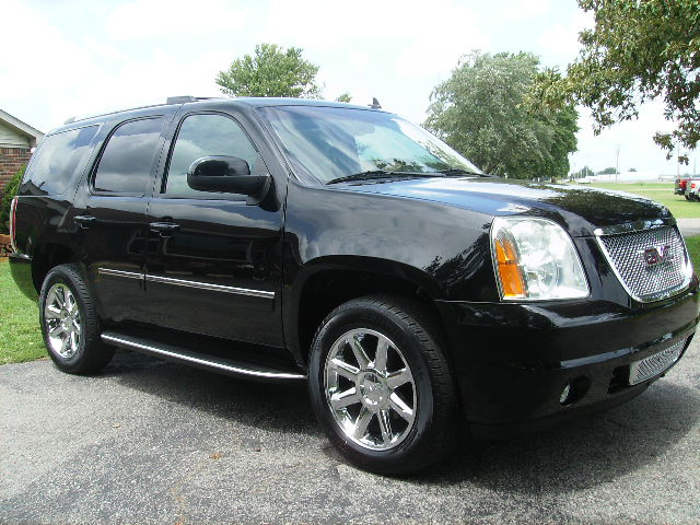 Hey, you.... #checkout this #repairable #SUV! #worthit  https://t.co/gb92fDJmD8 https://t.co/eLfkXjh2SP