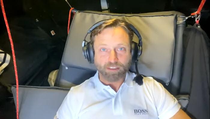 VIDEO: A message from Alex Thomson https://t.co/zWpxqqgA2I https://t.co/zjCdsfjFVu