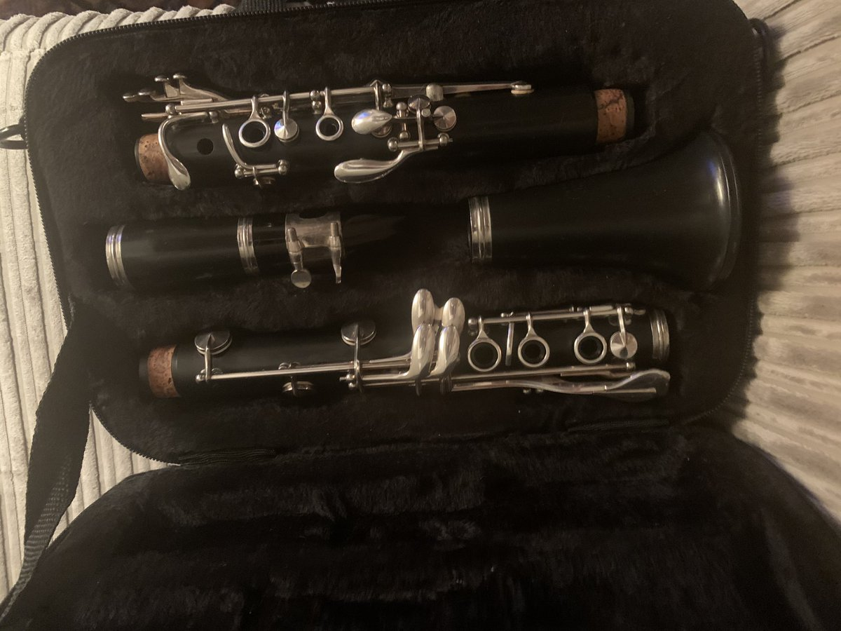 #FirstTimeForEverything My new clarinet, learning from the very beginning.  #MS fingers/numbness/fatigue are the bane of my life but looking forward to my second lesson 🎼