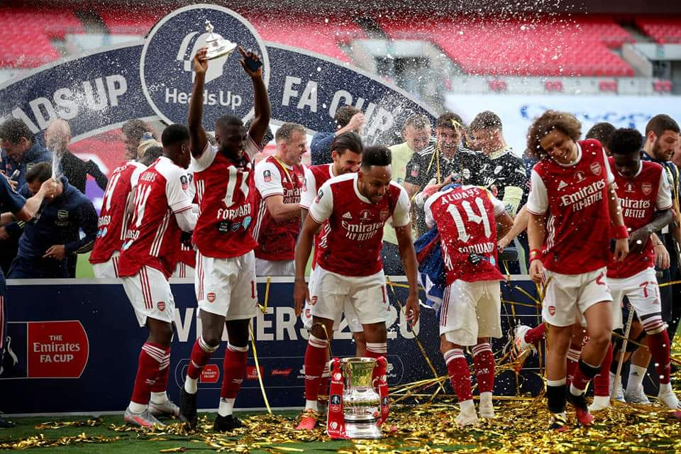 FA Cup 3rd Round, some key fixtures: Marine vs Tottenham Manchester United vs Watford Arsenal vs Newcastle Aston Villa vs Liverpool Manchester City vs Birmingham Chelsea vs Morecambe #FACup #facupdraw https://t.co/nlr0ljiuzb