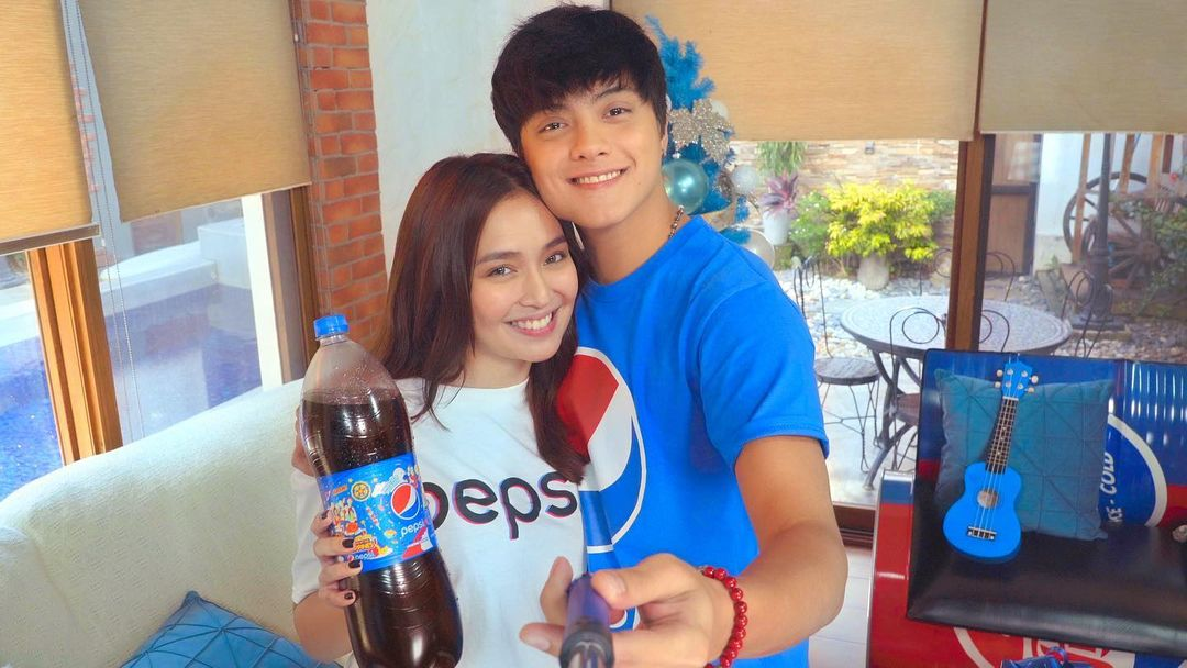 Calling the Pepsi fam! Anong favorite food niyo na best paired with @pepsiphilippines? 💙  Would love to see your faves! Don't forget to use the hashtags:  #PepsiLovesChristmas #PepsiHandaan   ©️ bernadokath