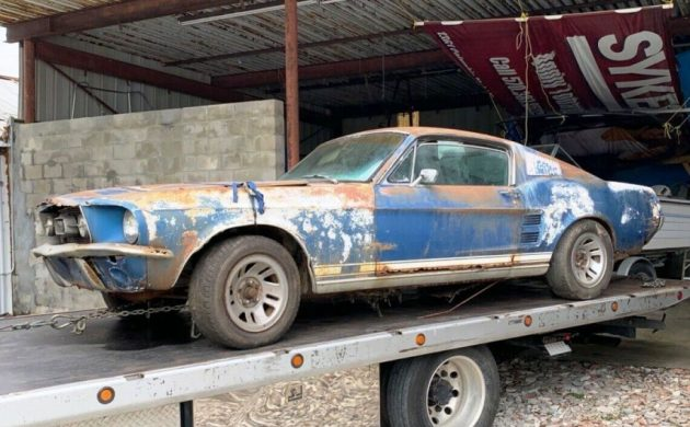 """How far into the five digit bidding would you go to own this """"needs everything"""" pony car?  -> https://t.co/QDSEUYRhtd #Ford #Mustang https://t.co/AP5JdHjUOq"""
