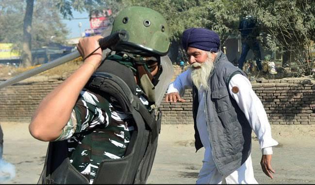 @PMOIndia और किसानों का गला घोटने वाला प्रधानमंत्री बन रहे हैं मोदी ☠️🤔