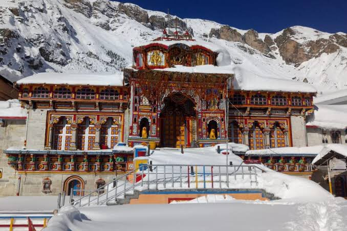 Good evening dear friend  Two most #Auspicious places on #earth #Kedarnath and #Badrinath https://t.co/K7mhQS3cmO https://t.co/Ai26z9Px4G