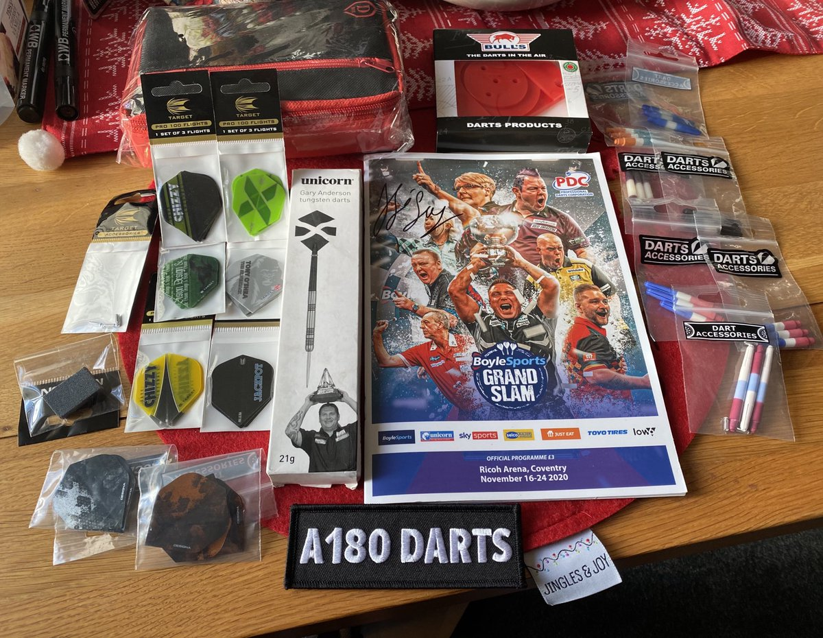 Prize 33 for Thursdays Christmas raffle. signed @JoseDeSousa180 grand slam program. Set of Ando darts, case, board fixing bracket, flights and stems 🎯🎯🎯 oh and a bit of advertising from @A180DARTS https://t.co/5ZhopAbPS4
