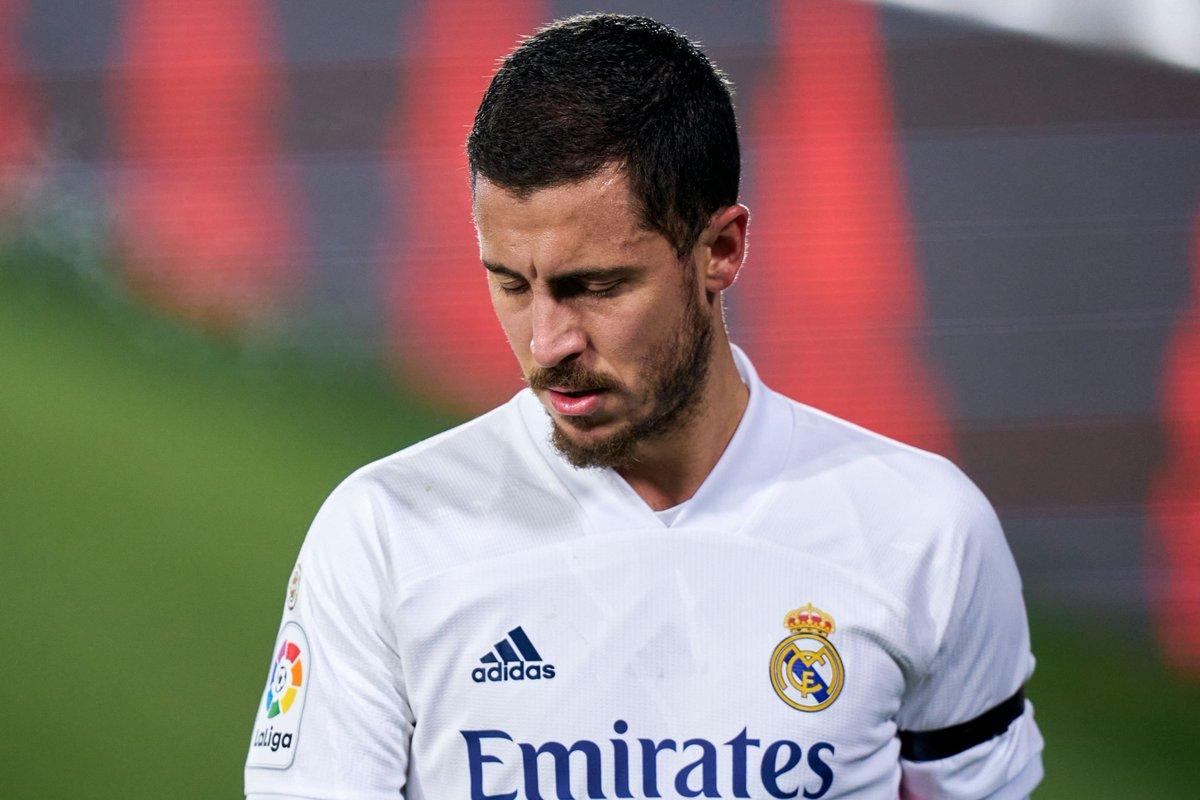 Real Madrid, Deportivo Alaves maçında sakatlanan Eden Hazard'ın 2 hafta sahalardan uzak kalacağını açıkladı. 2019 yılında Chelsea'den transfer edilen Hazard, sakatlığı nedeniyle bu süreçte 32 karşılaşmada takımda yer alamadı. #RealMadrid