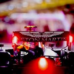 Bahrain dazzlers 🤩 Our top shots from week one in the desert 📸👉 https://t.co/xBrycSqStU #BahrainGP 🇧🇭