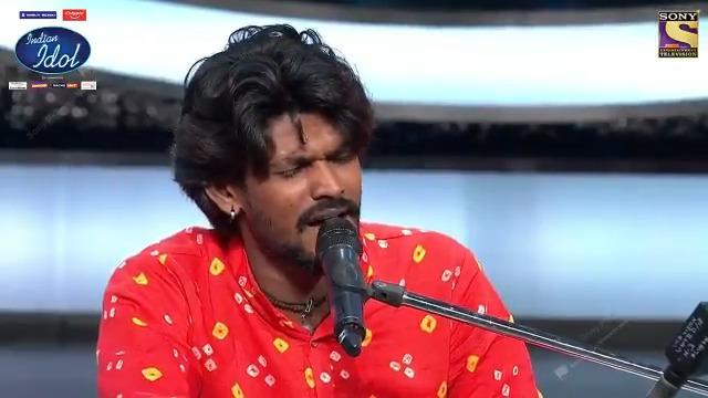 Padhaar kar Indian Idol ke manch par, Sawai ne apne lok sangeet se kar dia mausam ko awesome! Dekhte rahiye #IndianIdol2020 Sat-Sun raat 8 baje, sirf Sony par @iAmNehaKakkar @VishalDadlani #HimeshReshammiya #AdityaNarayan @FremantleIndia