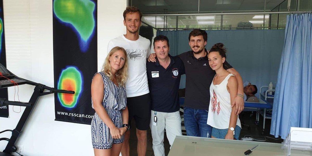 Le médecin carolo Carl Willem, du RCSC à Daniil Medvedev: