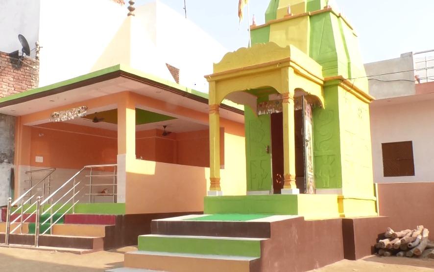 #LUCKNOW | शिव मंदिर में जल चढ़ाने में होती थी दिक्कत, फिर कुछ ऐसा हुआ कि दूर हुई हर परेशानी  #UttarPradesh #BKT #Shiva @LalanKumarINC