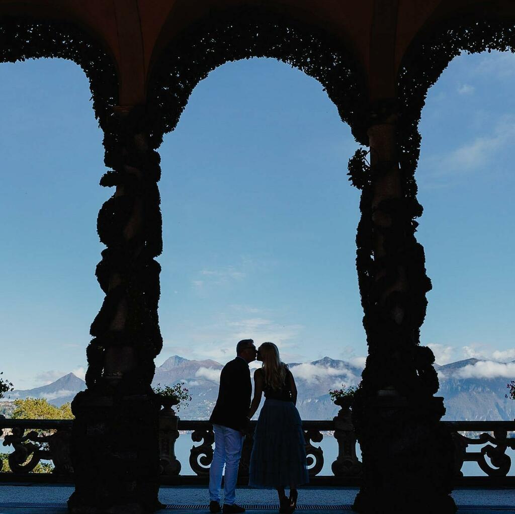 Engagement in Lake Como . . . . . . . #engagement #villadelbalbianello #lakecomoengagement #egagementphotographer #elopement  #engagementbellagio  #weddingphotography #weddingphotographer  #engagementparty  #happy #happiness @villadelbalbianello