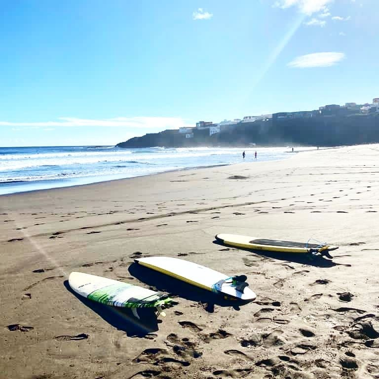 What we love to do???  ---- Ofcourse surfing=) with @buensurfschool 👌Aaand Yoga=) with @inoutyoga  - #grancanaria #laspalmas #travel #surf #fun #island #vibes #people #hostel #sun #
