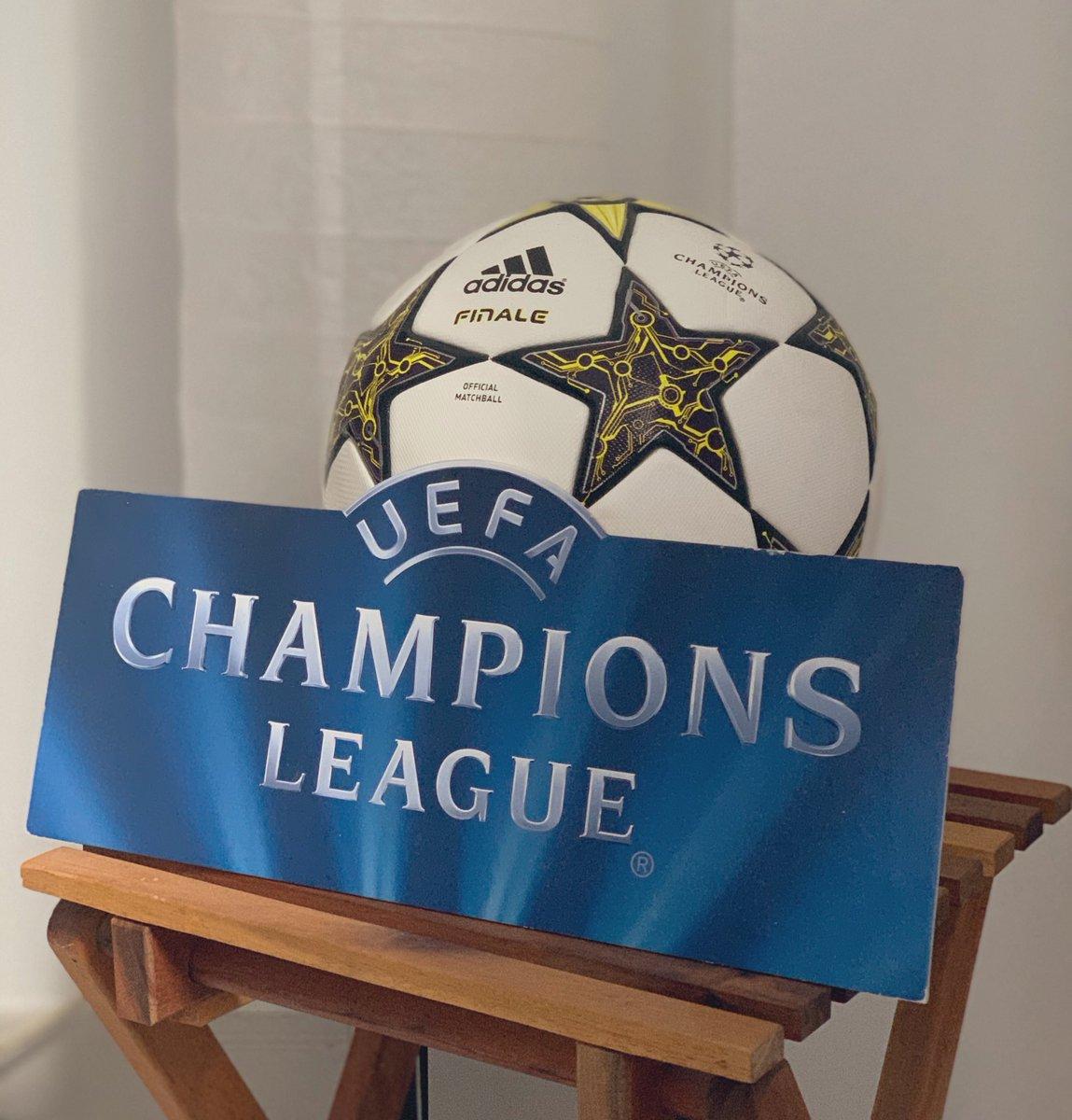 Vaya rinconcito chulo que me ha quedado... ⚽️ #ChampionsLeague