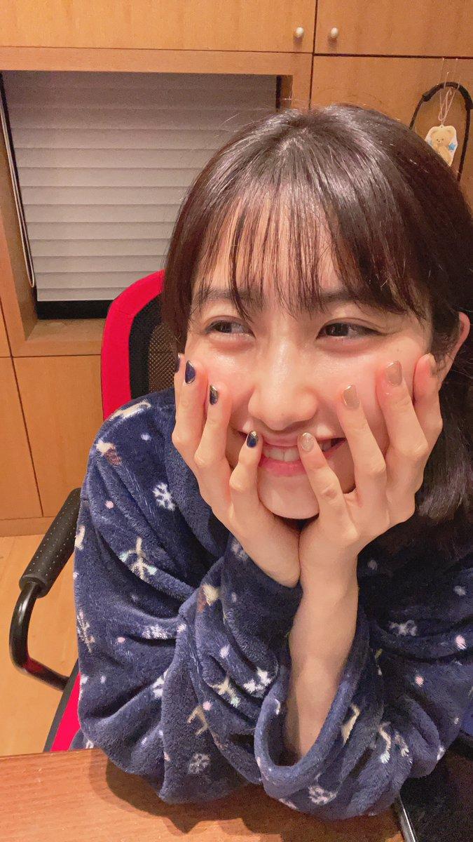 【10期11期 Blog】 !?佐藤優樹: 今日は、朝から晩までこんな感じです、、、。こーゆう時、、、ってブログ。何書けばいいの、、、?やばいー。内容がないーーーー!!なんか告知する?しない?ある???、、、。みんなばいびーの!!!  #morningmusume20 #ハロプロ