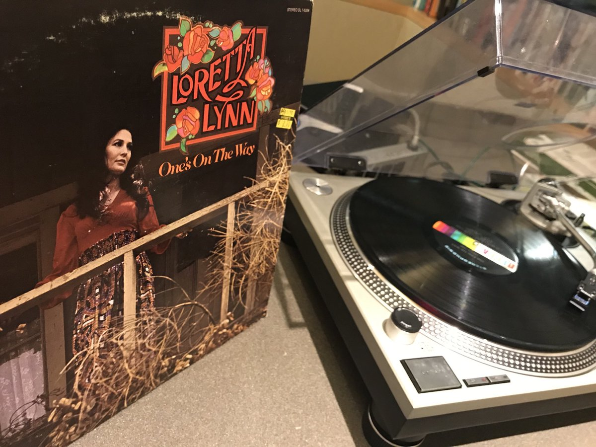 """Loretta Lynn had a #1 hit on the country chart with """"One's on the Way"""", a song written by Shel Silverstein. #VinylTapCurrent"""