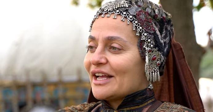 Didem Balçın'ın 1 milyon sevinci, Başak Parlak'ın Bodrum halleri! https://t.co/345ZW9WPTd https://t.co/o2Ux0npO8Z