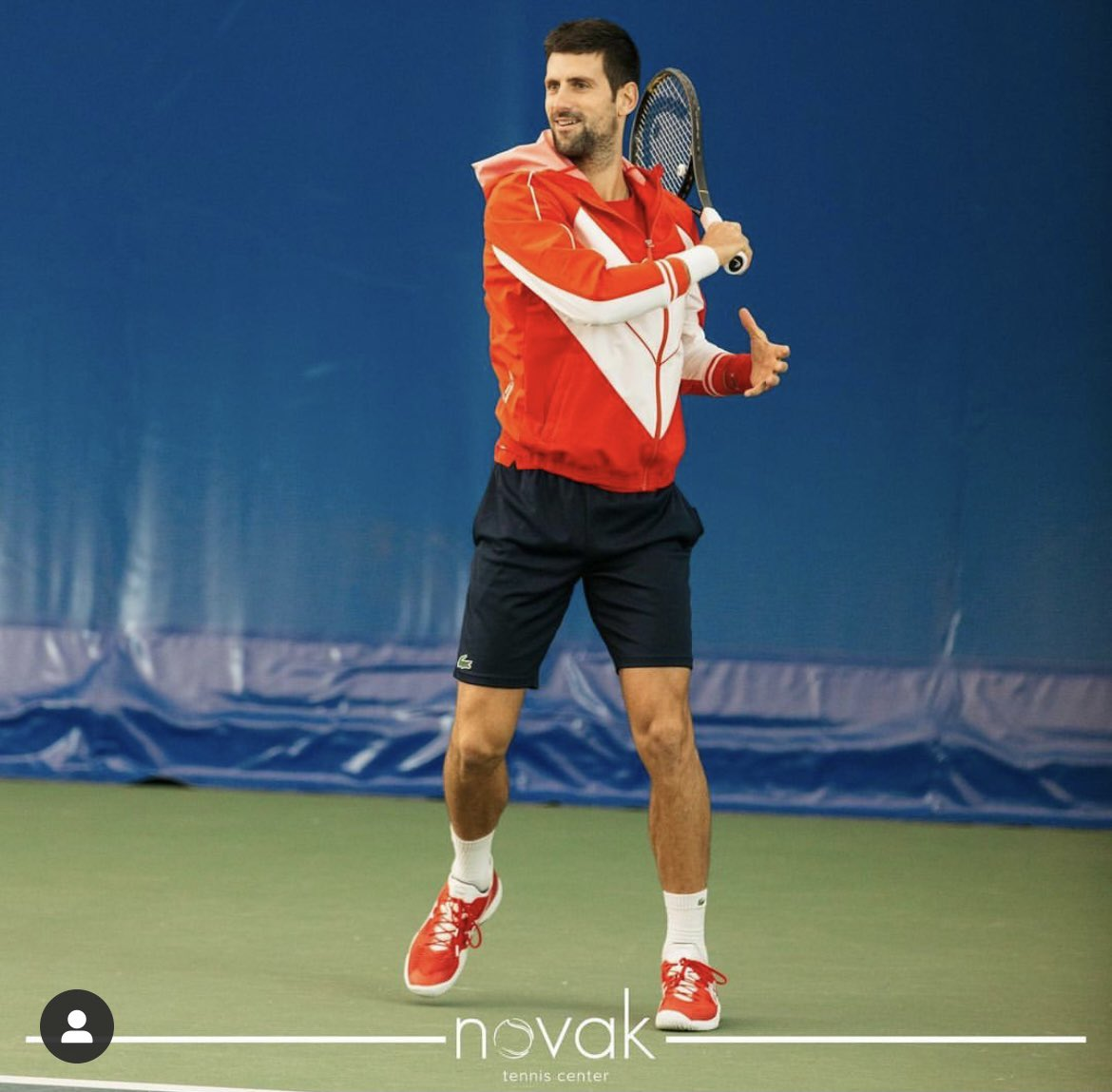 Someone's back practicing in Belgrade 😍🥳😍 @DjokerNole #NoleFam #Djokovic   Credits: https://t.co/1iDk4wNPs3 https://t.co/vSpfBEIeOZ