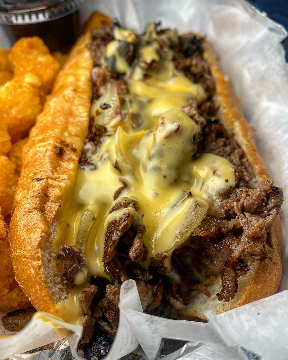 Who got the best cheesesteaks in town? Drop your go-to! #feastagram | 🔁: @thebaltimorefoodie/IG