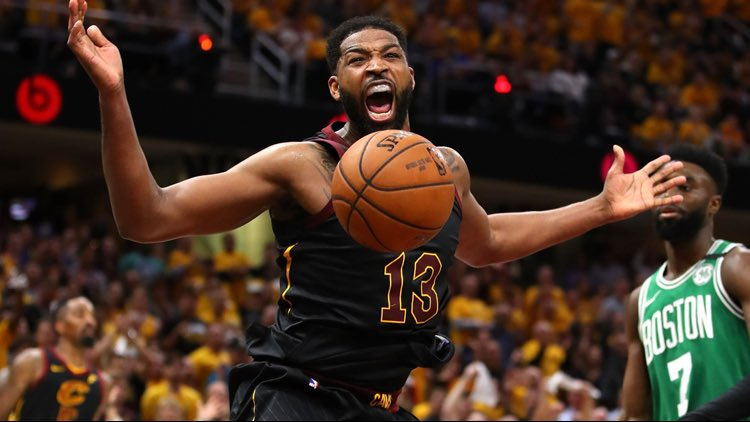 🏀❌ New Boston #Celtics' center Tristan Thompson is dealing with a minor hamstring injury that will limit him at the start of training camp.  *We wouldn't expect to see much of TT during camp and he could be limited during the preseason.  #NBAitalia https://t.co/r89puB7WDG