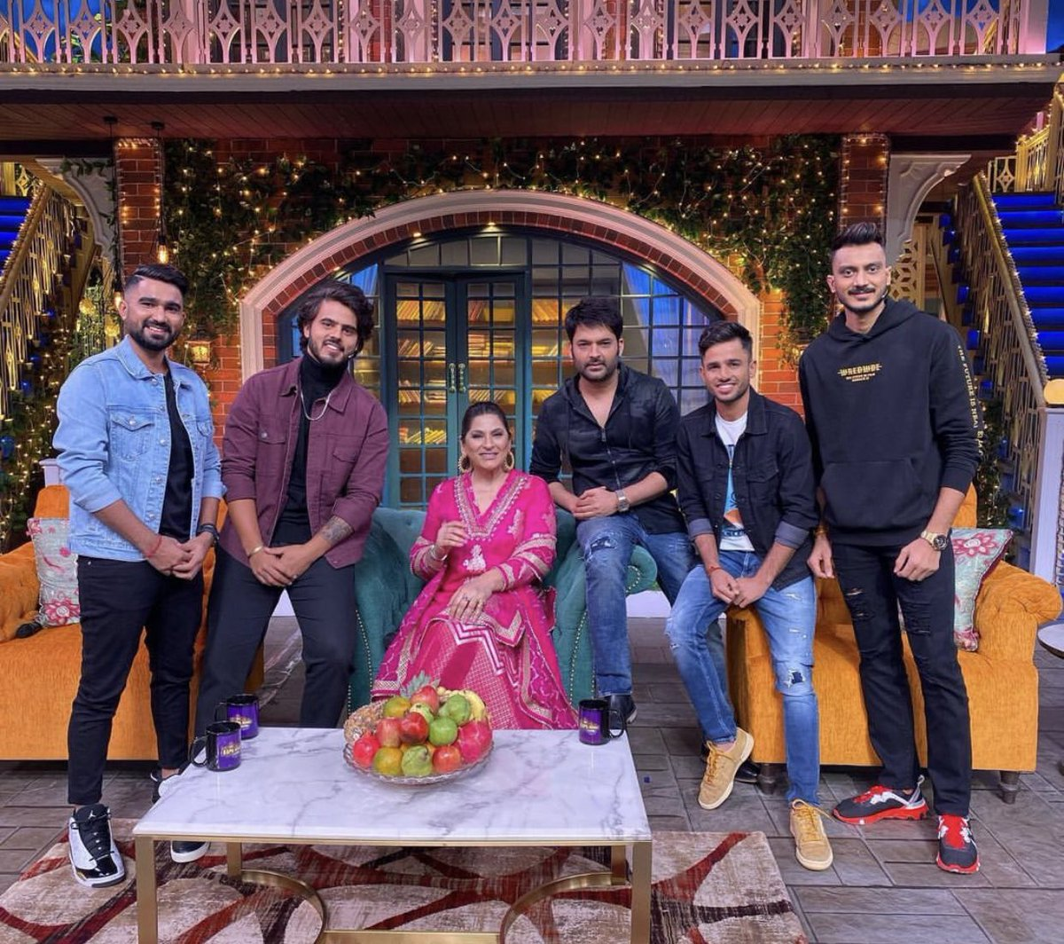 Had a wonderful time at #TheKapilSharmaShow. @KapilSharmaK9 paji and the team are just incredible. Hope you all enjoy the show as much as we did. 😄