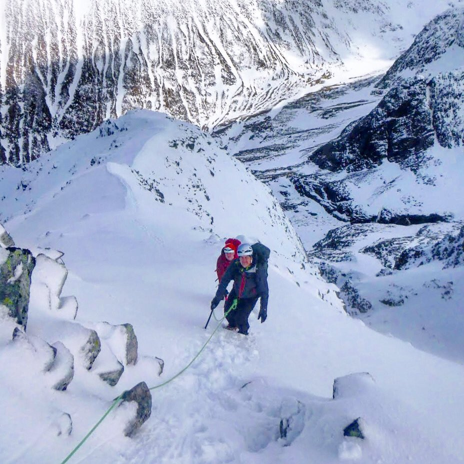 Scottish Winter climbing! 🏔🎒❄️⛏🏴 Icicle team on a Ben Nevis range based Winter Skills Weekend. Join us in Fort William this winter  👍  📍 Ben Nevis 1345m, Fort William  ✅ https://t.co/giUSuRl2Wg #scotwinter #climbing #fortwilliam #bennevis https://t.co/ebT1vLZe0R