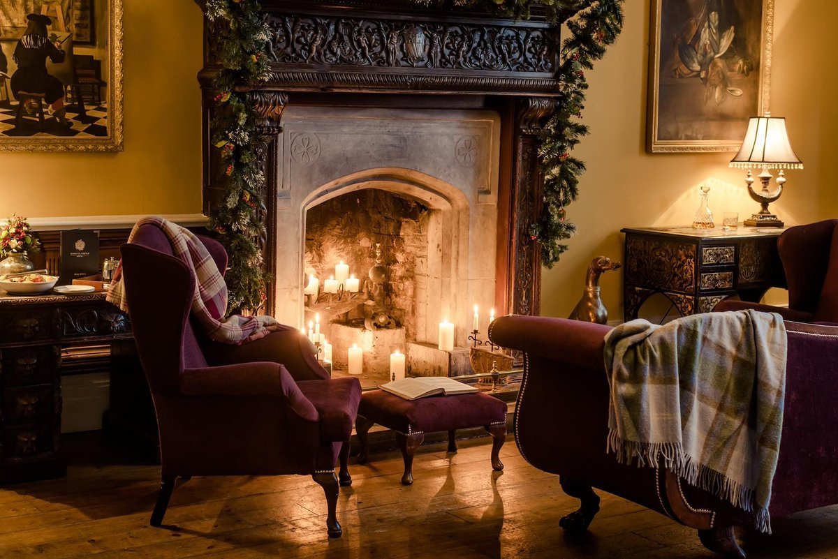 Kinnitty Castle Hotel is reopening this Sat 5th Dec for non residents and for overnight accommodation from Fri 18th Dec @kinnittycastle   #visitoffaly #irelandshiddengem #irelandsancienteast #discoverireland #supportlocal #LookForLocal https://t.co/K8hkAylGde