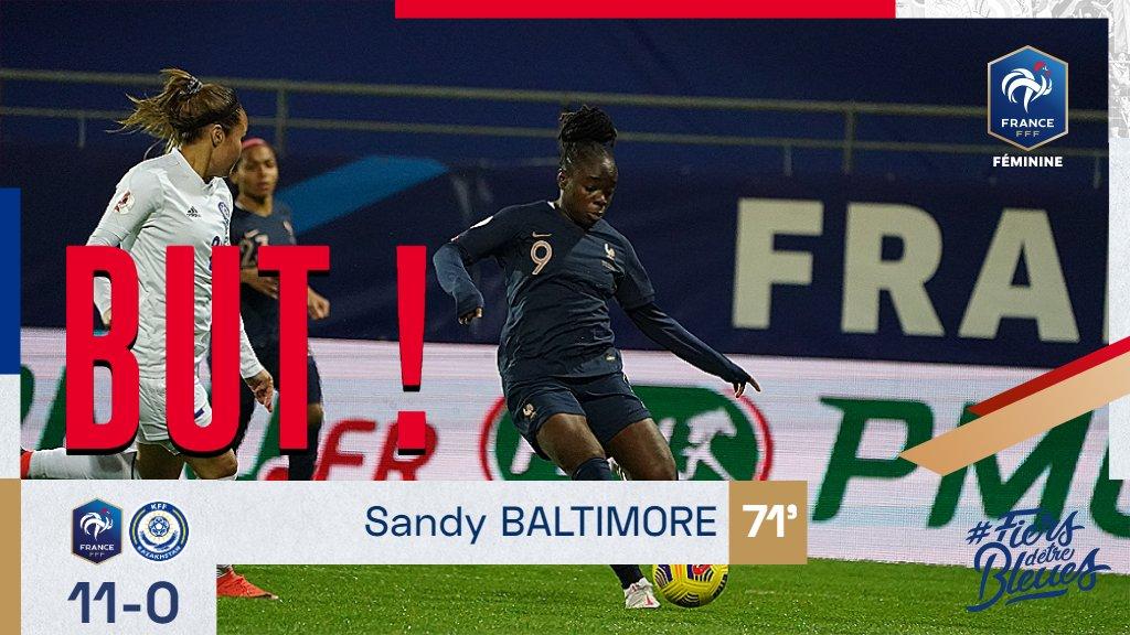 Sandy Baltimore marque pour sa première sélection en Equipe de France ! 👏 11-0 #FRAKAZ #FiersdetreBleues