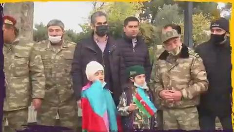احتفالات في #أذربيجان بعد استعادة كامل أراضيها من #أرمينيا وذلك بعد تسلمها إقليم #لاتشين في ناغورني #كاراباخ