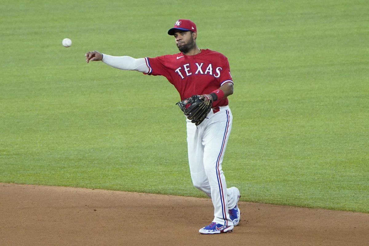 #Rangers' Elvis Andrus loses his starting job https://t.co/L5PsIGuL1R https://t.co/2LdtxWbPu6