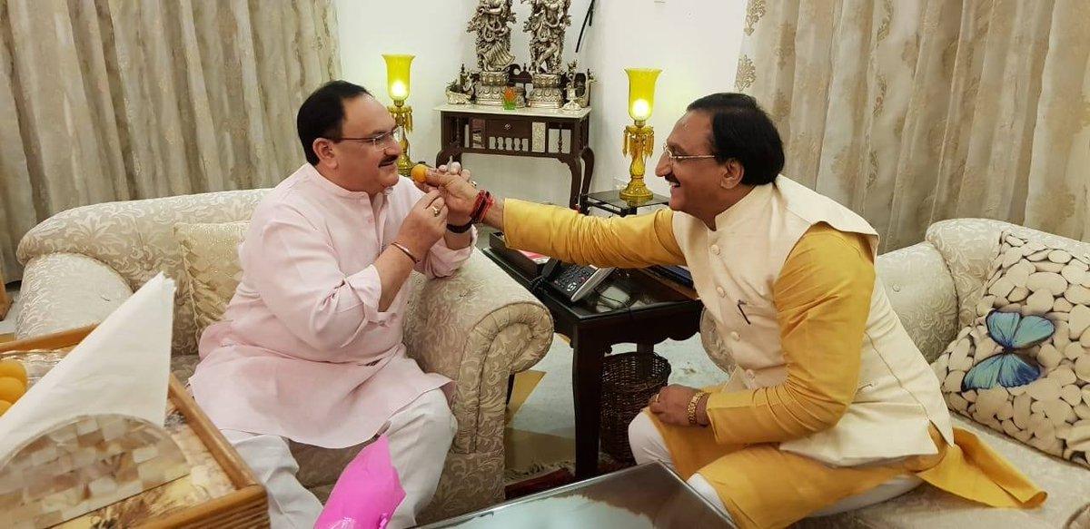 भारतीय जनता पार्टी के माननीय राष्ट्रीय अध्यक्ष श्री @JPNadda जी को जन्मदिन की ढेर सारी बधाई एवं शुभकामनाएं। मैं भगवान बद्री केदार जी से आपके उत्तम स्वास्थ्य और मंगलमय जीवन की कामना करता हूं। आपके कुशल नेतृत्व में पार्टी निरंतर सशक्त होकर आगे बढ़ रही है।