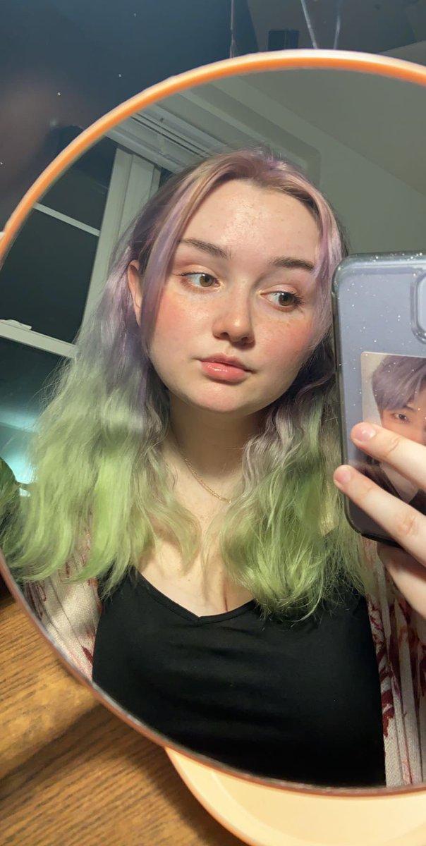 [#SykeMila] I feel like I look better in lighter hair colors, if I'm being honest.. ㅜ_ㅜ What color do you think I should dye my hair next? 🥺  #singer #music #songwriter #song #singing #sing #indie #pop #rapper #dancer #girlgroup #lgbt #feminism #girlpower #rnb #trending https://t.co/7ltWt4sRr4