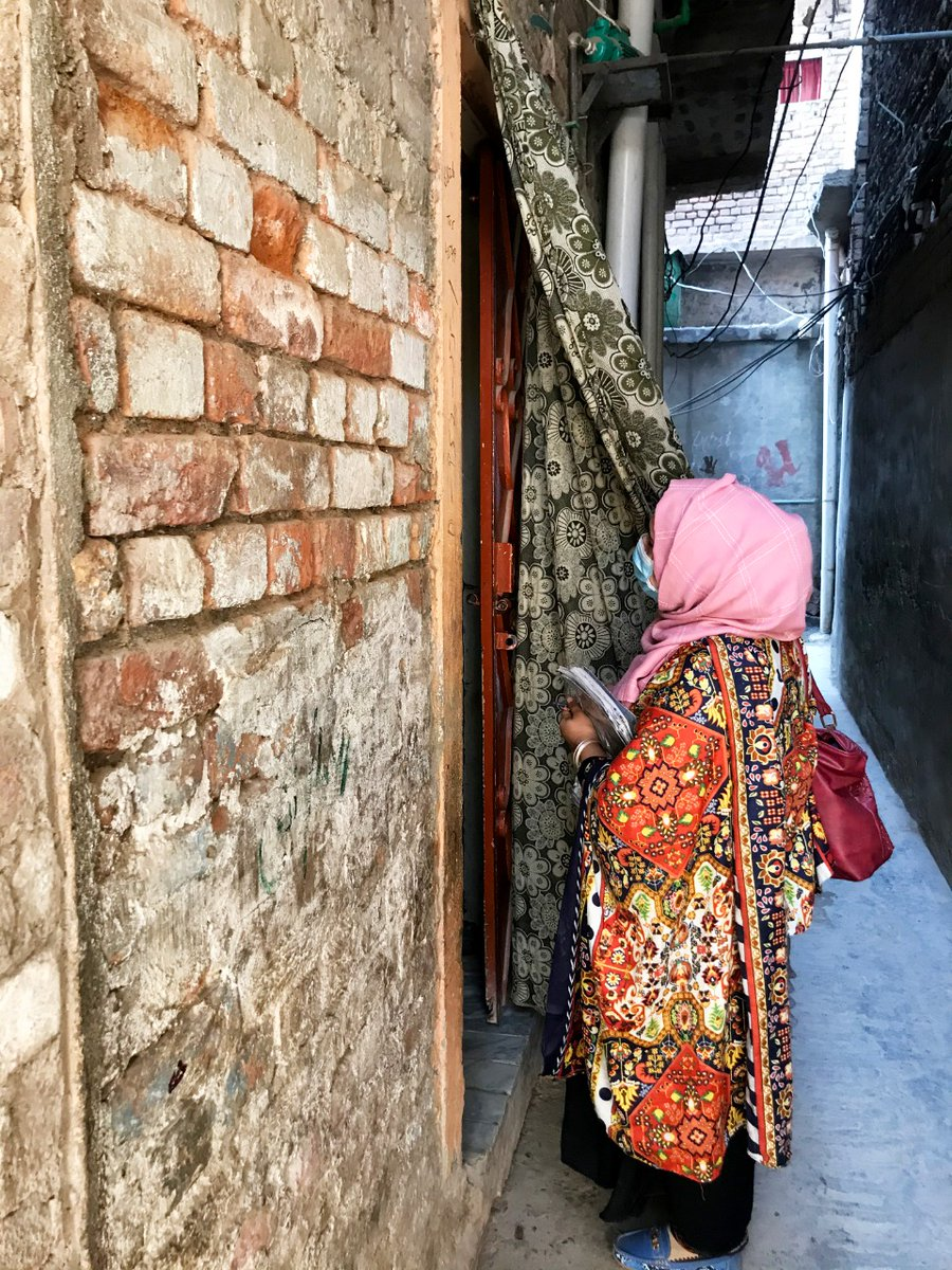 Community Health Worker Sumaira is determined to make 🇵🇰 #poliofree as she goes from door to door in a neighbourhood of Peshawar, making sure no child 👶 is left behind.  #PolioFree🇵🇰 #ForEveryChild