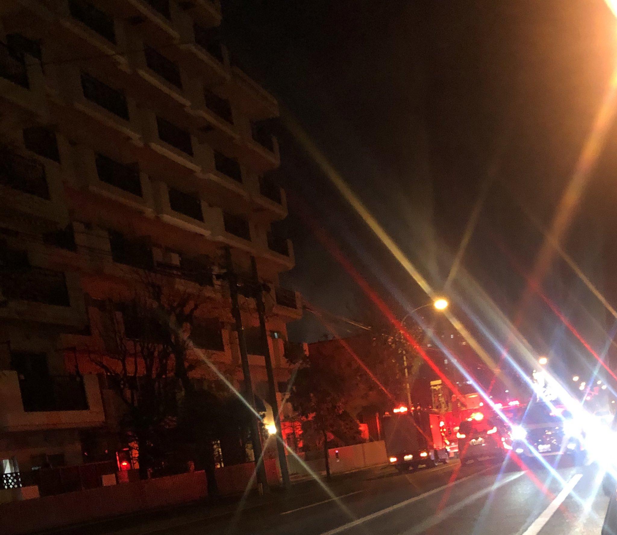 画像,今日2回目の火災遭遇‼️トリトン裏の家らしい…💦車で通過だったので、ちゃんと写せなかったですが…。モクモク煙でてました。なんて日だ‼️ https://t.co…