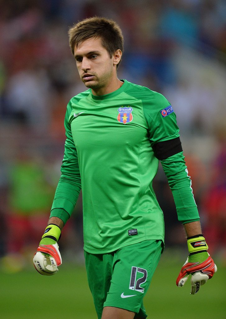 Ciprian Tatarusanu  187 Pj  2 Campeonatos Rumanos, 1 Copa Rumana y 1 Supercopa Rumana https://t.co/aYgDCUWStV
