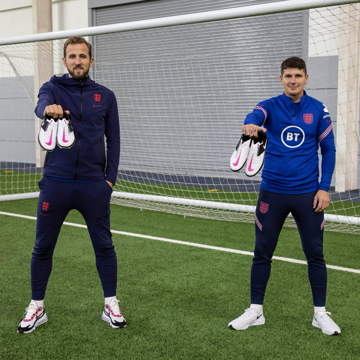 When two captains meet… 🤝  @HKane sits down with CP team skipper @Matts90 to talk leadership, goals and the game-changing @nikefootball FlyEase boot.