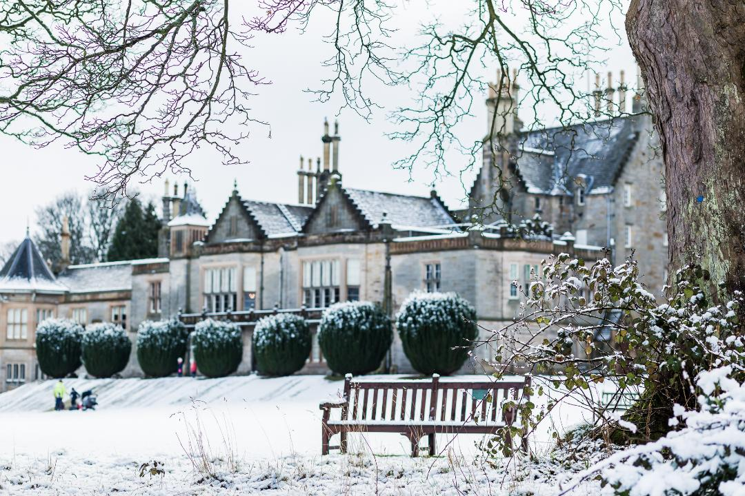 Day 2 of #Advent  and we give you our favourite Castle under #snow!  Our own Narnia #LauristonCastle #EdinburghActiveAdvent #Christmas  📸Teresa Sumerfield