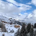 Image for the Tweet beginning: Snow returns to the #Alps
