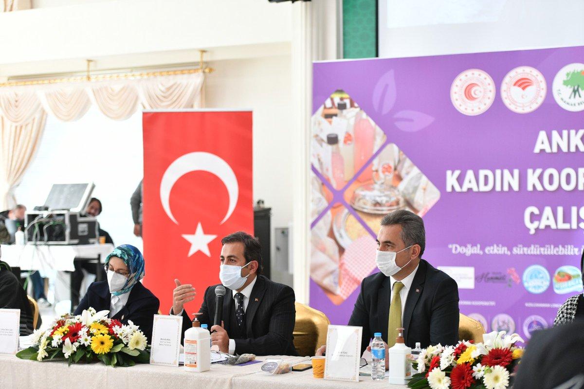 Ankara'daki kadın kooperatiflerini bir çatı altında toplayarak Üreten Kadınlarımızın imkan ve fırsatlarını arttırmak ve bir ortak akıl oluşturup sürülebilir hale getirmek amacıyla,   Ankara Kadın Kooperatifleri Çalıştay'ını gerçekleştirdik.  Hayırlara vesile olur inşaAllah https://t.co/f6uEhsgUnQ