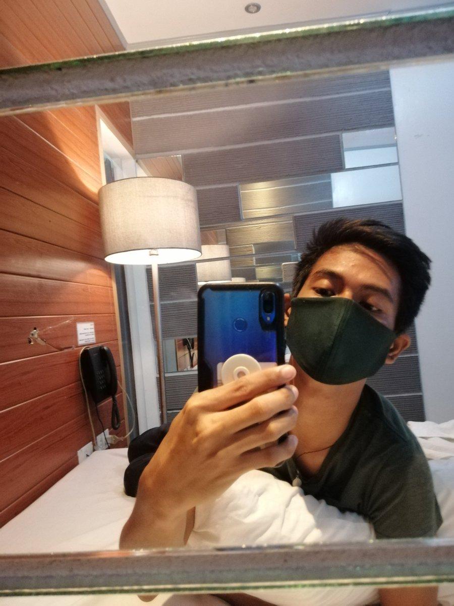 Hello po sa lahat.Thank you po sa bagong client ko from Tacloban City.   Ang laki naman po ng binigay niyo na tip sa akin. I hope na di kayo magsawa sa pag contact sa akin. Ingat po💆♂️💆♂️💆♂️❤️😘😉 Sa gusto magpamassage, pls DM or text 09514654255. #FreelanceMasahista #Oncall #Raket