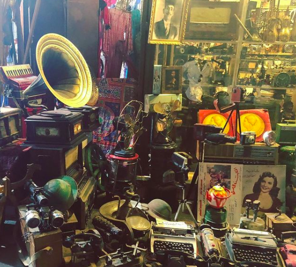 Egypt's Must-See Markets: Khan el-Khalili and El Ataba - Cairo Egypt Travel Guide #travel #egypt #adventure #offthebeatenpath #egypttravel #khanelkhalili #cairo #cairoegypt https://t.co/8PpUEcg56M https://t.co/l7L2YS5BA5
