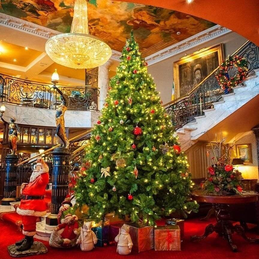 A warm welcome awaits you as the @BridgeHouse1 reopens to non-resident guests from Fri 4th Dec  #visitoffaly #irelandshiddengem #irelandsancienteast #discoverireland #supportlocal #LookForLocal https://t.co/iqUkzGNwAv