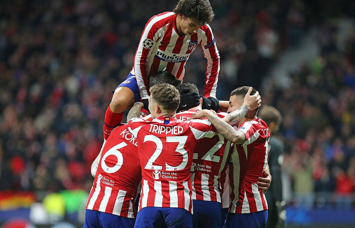 🏟️⚔️ Un año 𝗜𝗡𝗩𝗜𝗖𝗧𝗢𝗦 en el Wanda @Metropolitano  2⃣1⃣ partidos  1️⃣5️⃣ victorias 6️⃣ empates 3⃣8⃣ goles a favor 1⃣0⃣ goles en contra 👏 ¡Gran trabajo, equipo! 👏 ➡️   🔴⚪ #AúpaAtleti